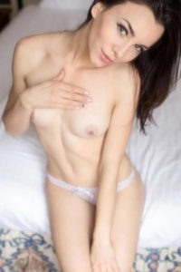 Maren Escort Berlin Poland Petite Woman Young Woman