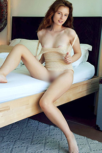 Get to know beginner model Benice spontaneously for an intimate escort service with role-playing special service via the Berlin escort agency